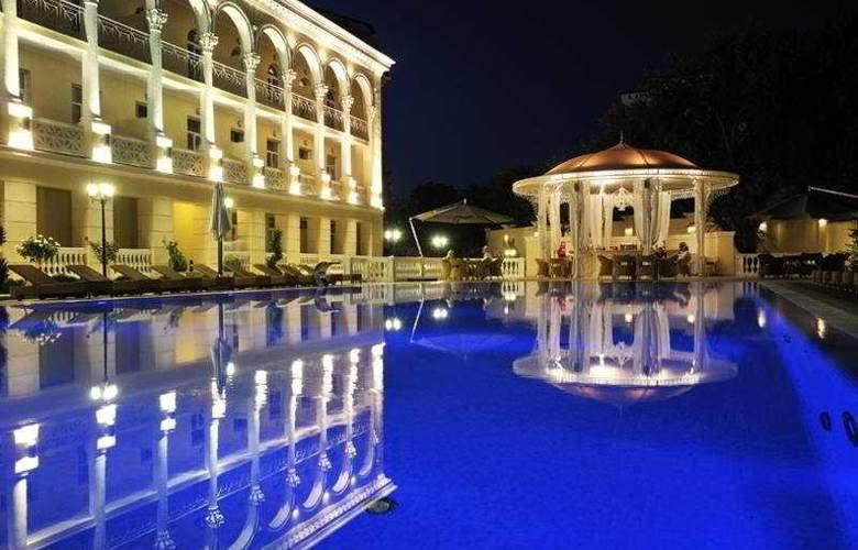 Palace Del Mar - General - 2
