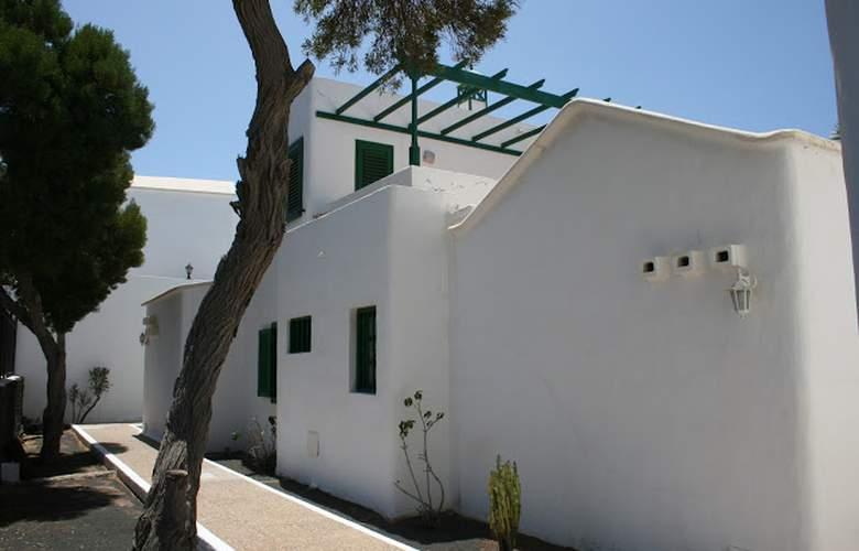 Las Acacias - Hotel - 3