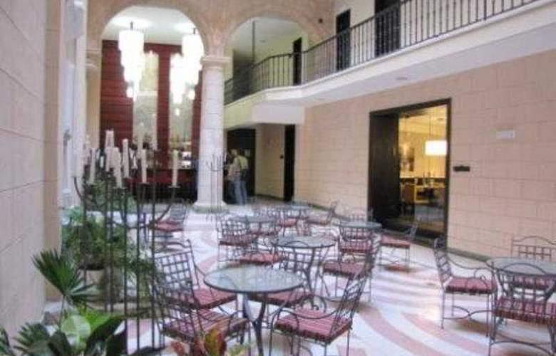 Palacio del Marques de San Felipe y Santiago - General - 2