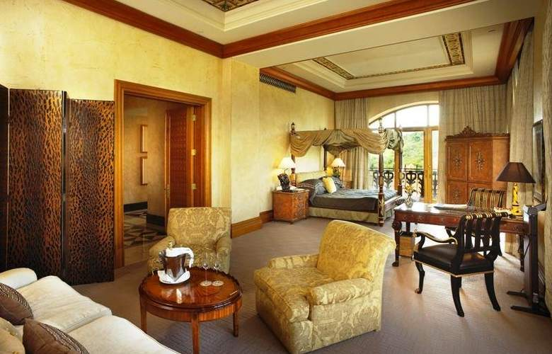 The Palace - Room - 11