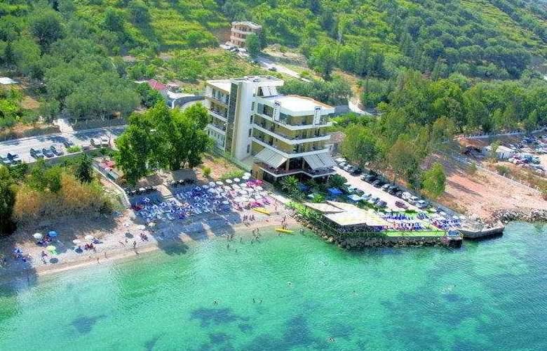 Paradise - Hotel - 0