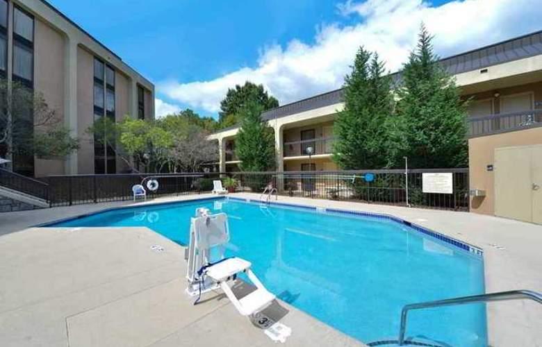 Hampton Inn Atlanta- Marietta - Hotel - 10