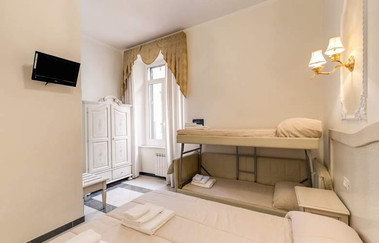 Cambridge - Room - 31