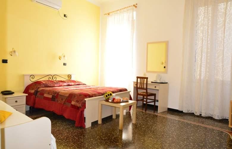 Balbi Family - Room - 1