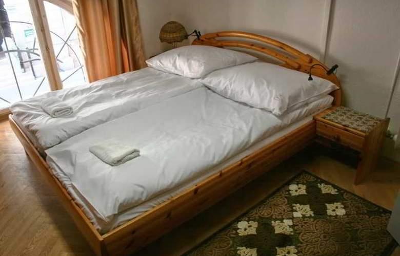 Hello Budapest Hostel - Room - 9