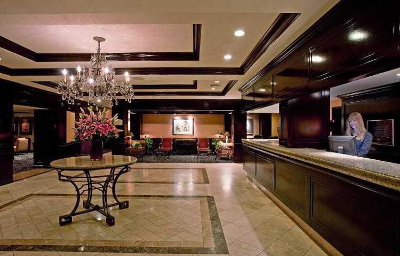 Beverly Hills Marriott - General - 13