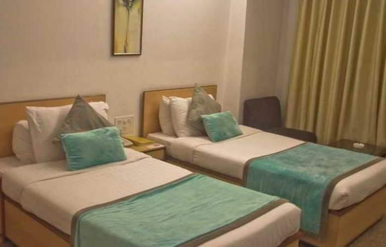 Swati - Room - 12