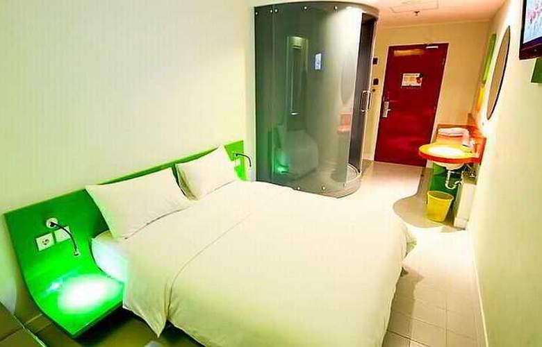POP! Hotel Festival City Link Bandung - Room - 10