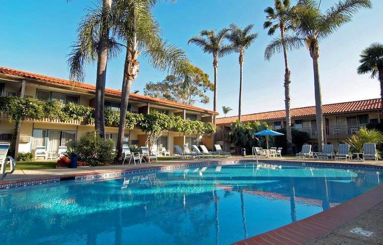 Best Western Plus Pepper Tree Inn - Pool - 3
