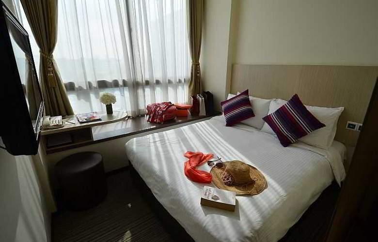 Aqueen Hotel Lavender - Room - 18