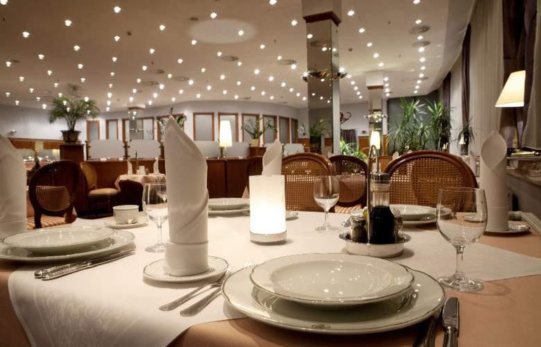 Parkhotel Vienna - Hotel - 5