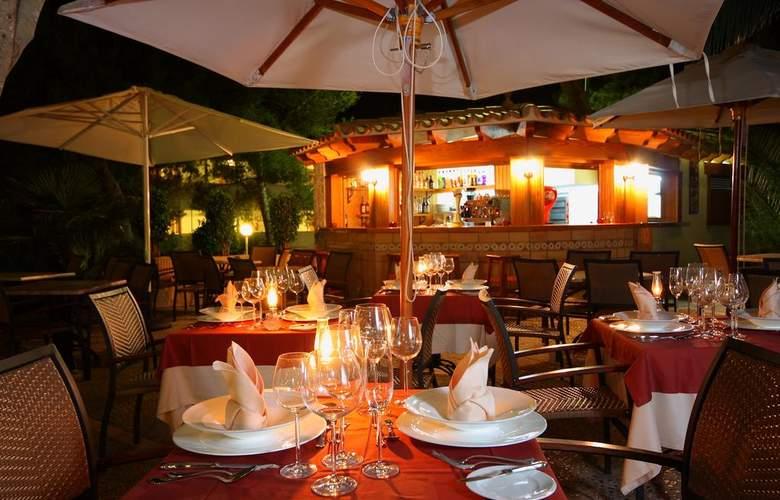 Valentín Paguera Hotel & Apartamentos Mallorca - Adults Only - Terrace - 6