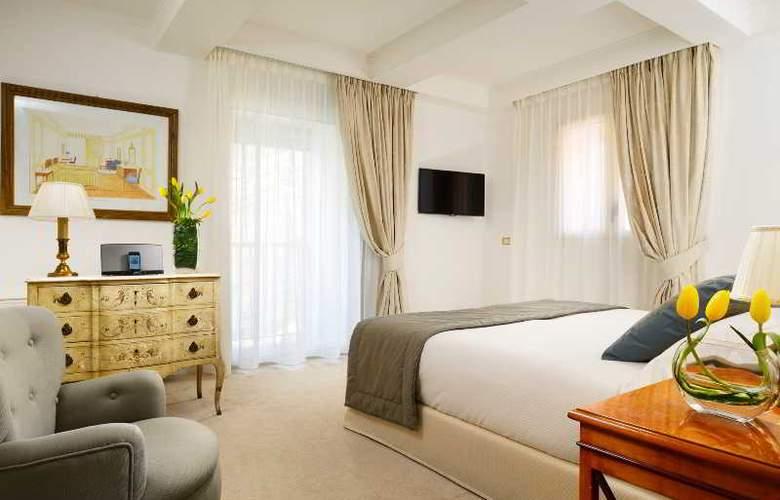 Grand Parker's & Spa - Room - 14