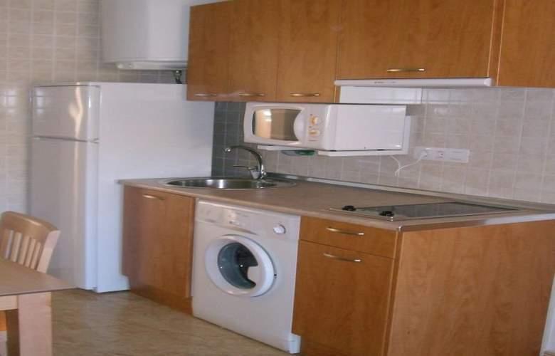 Apartamentos Costamar - Room - 1