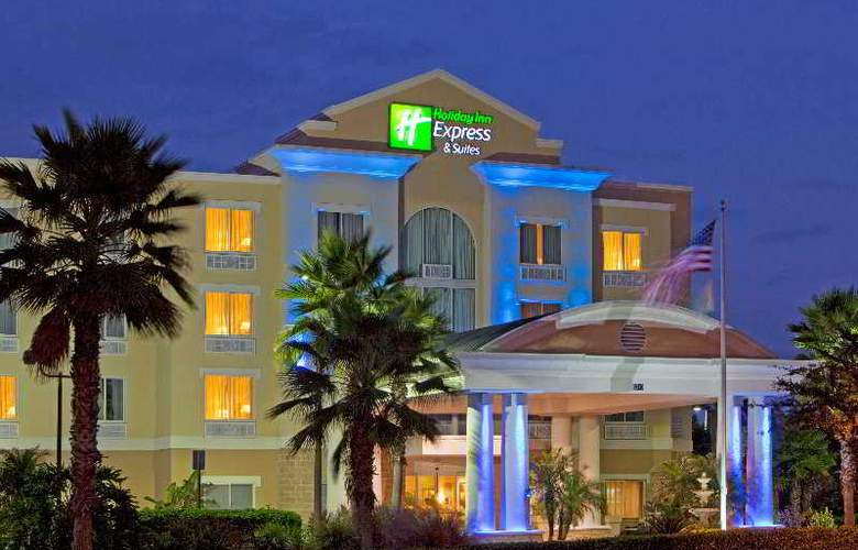 Holiday Inn Express & Suites Tampa - Hotel - 0