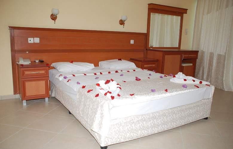 Royal Panacea Hotel - Room - 4