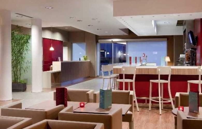 Campanile Malaga Aeropuerto - Hotel - 15