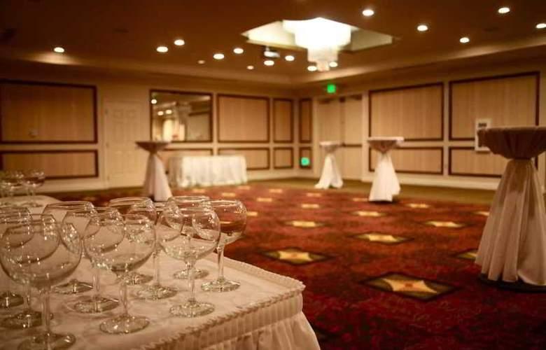 Hilton Garden Inn San Diego Del Mar - Conference - 5