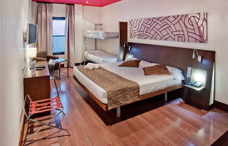 Petit Palace Marques Santa Ana - Room - 11