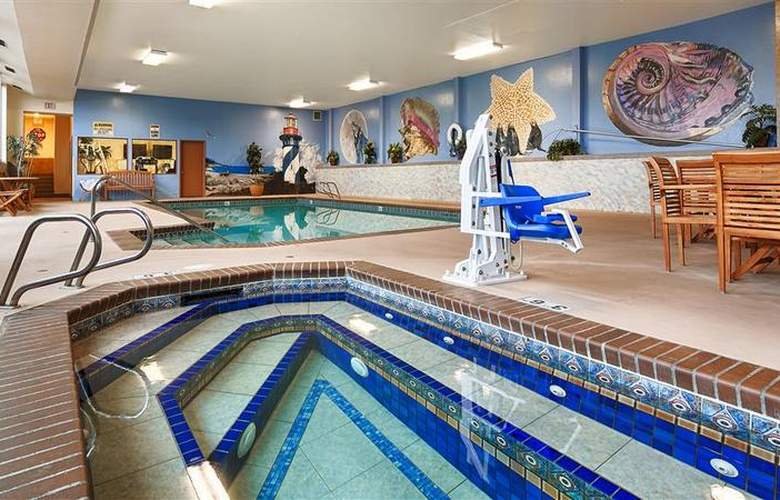 Best Western Holiday Motel - Pool - 89