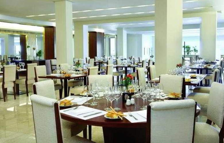 NH Gran Hotel Provincial - Restaurant - 9