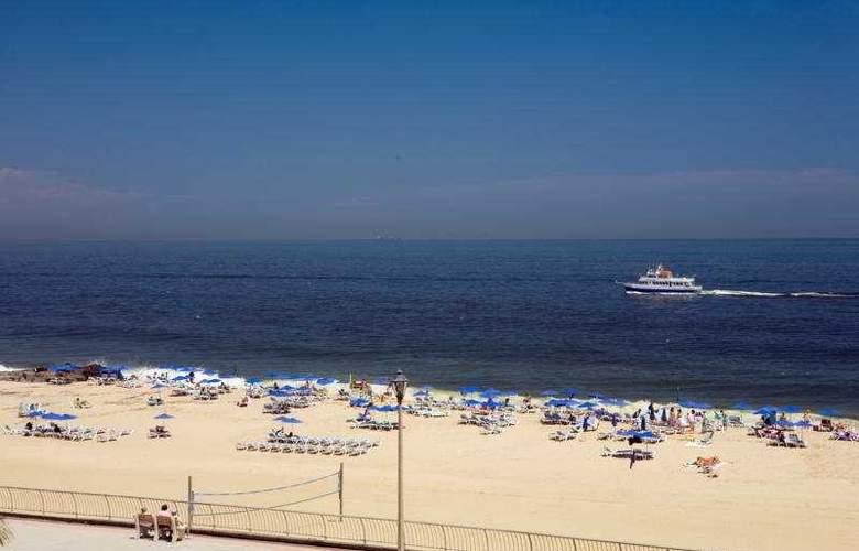 Ocean Place Resort & Spa - General - 2