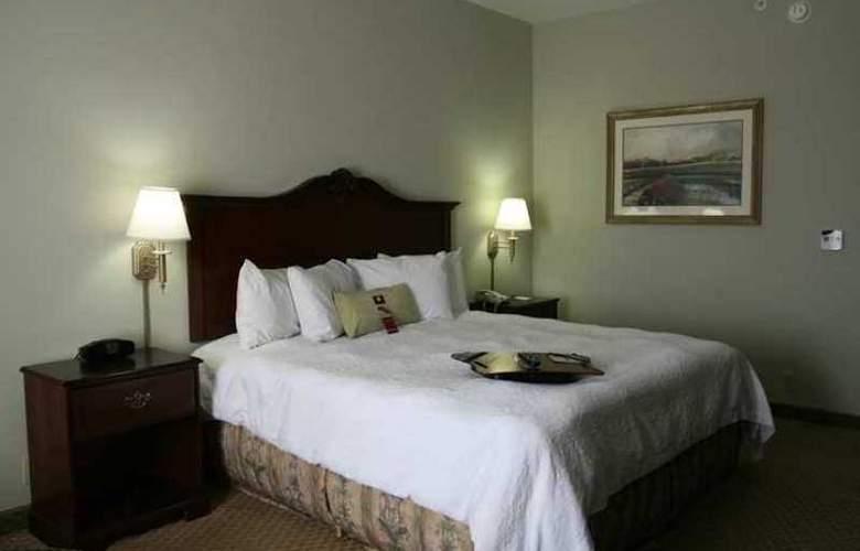 Hampton Inn Fort Stockton - Hotel - 1