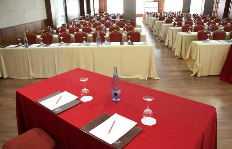 Ciudad de Vigo - Conference - 14