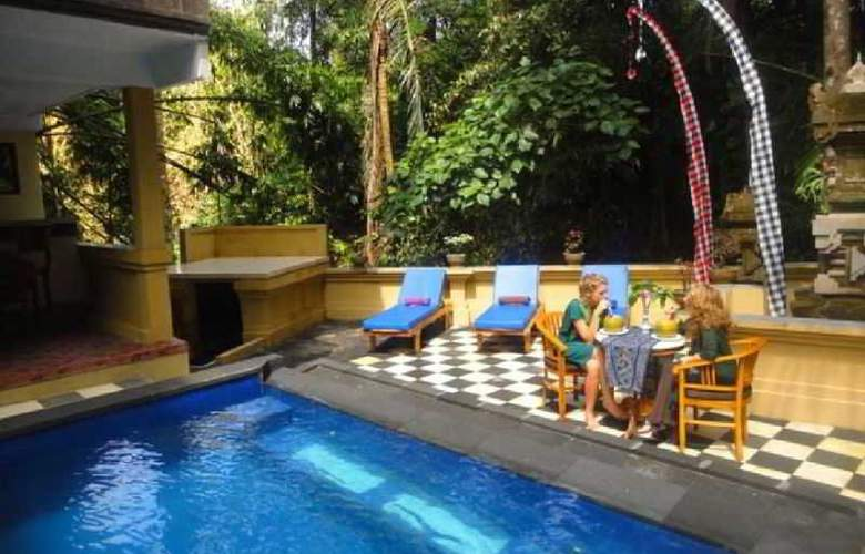 Bembengan Ubud Cottage - Pool - 9