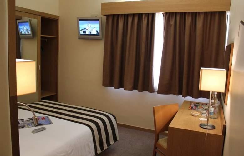 Príncipe Lisboa - Room - 6
