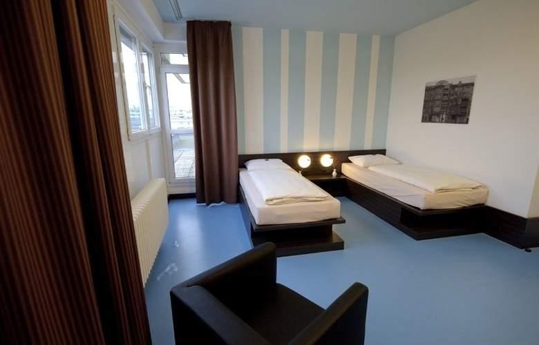 Hotel Grenzfall - Room - 4