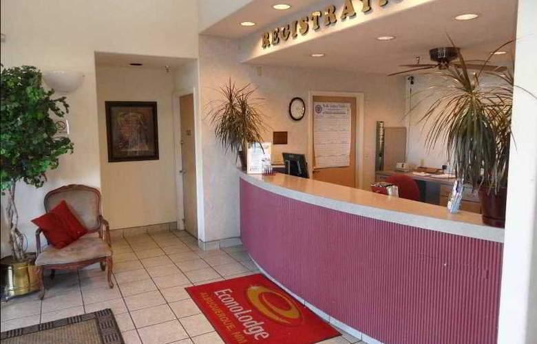 Comfort Inn West - General - 0