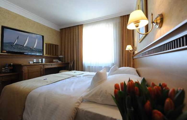 Hotel Wloski Business Centrum Poznan - Room - 35
