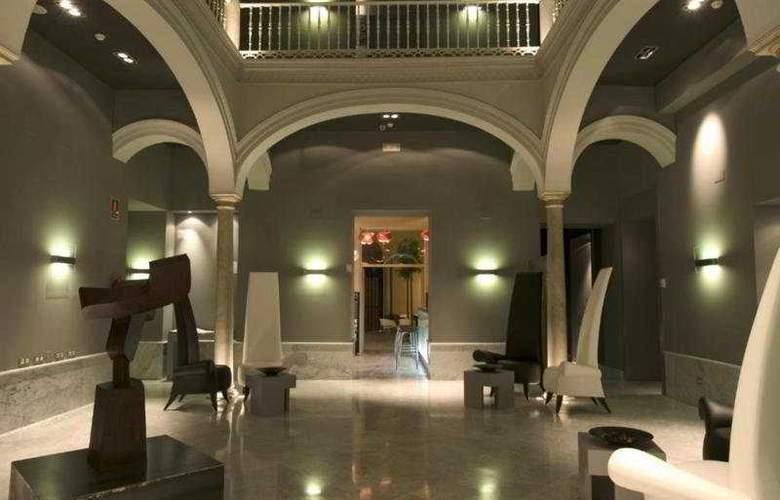 Petit Palace Santa Cruz - General - 1