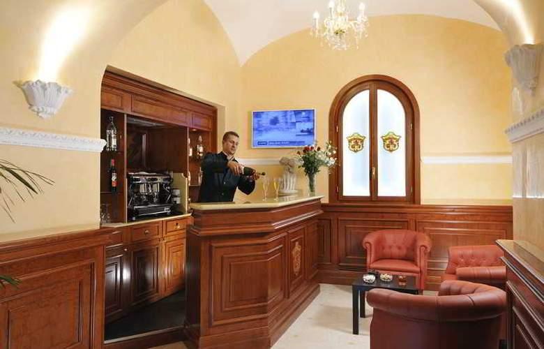 Clarion Collection Hotel Principessa Isabella - Bar - 9