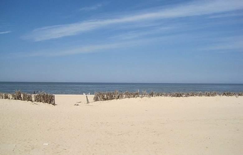 Ermitage - Beach - 4