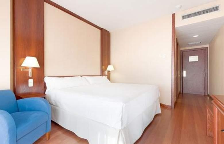 Tryp Guadalajara - Room - 8