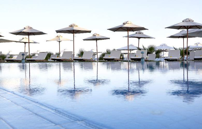 Thalassa Beach Resort - Pool - 6