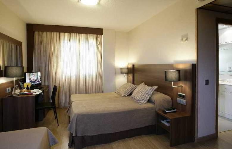 BS Principe Felipe - Room - 2