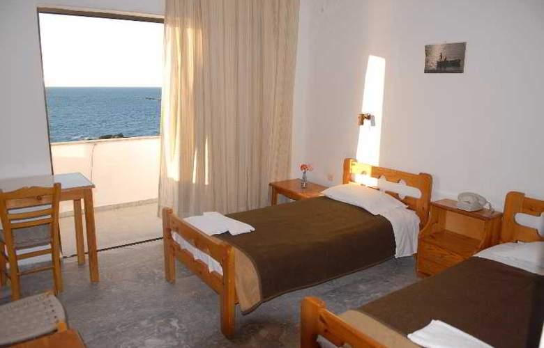 Klinakis Beach Hotel - Room - 2