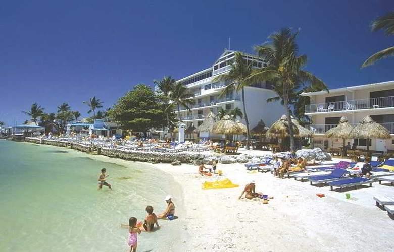 Holiday Isle Beach Resort & Marina - Beach - 3