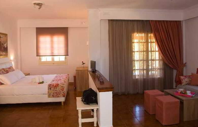 Pelagos Hotel - Room - 4