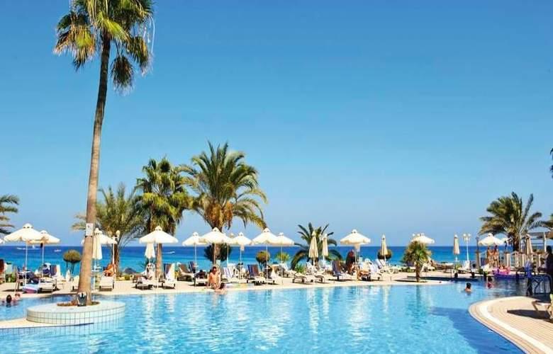 Sunrise Beach Hotel - Hotel - 6