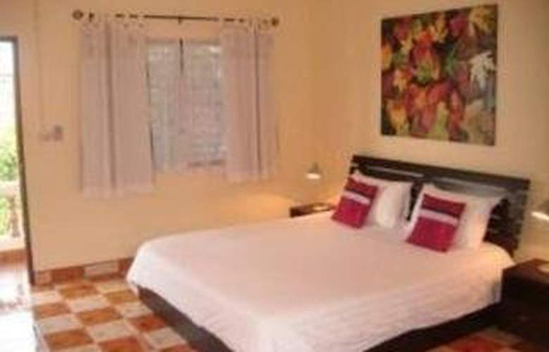 Gay Hostal Puerta del Sol Phuket - Room - 4