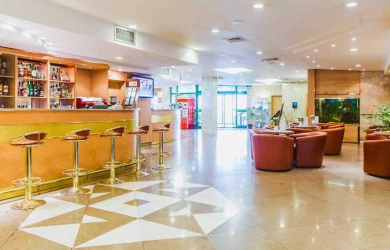 Holiday Inn Vinogradovo - General - 13