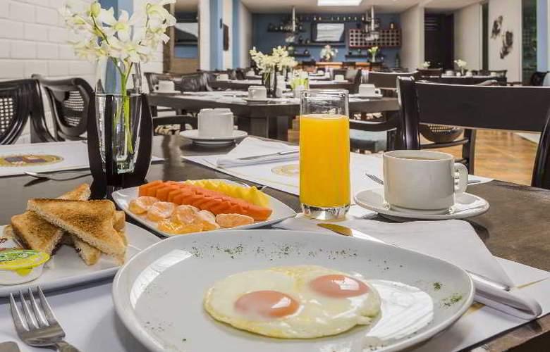 Egina Medellin - Restaurant - 39