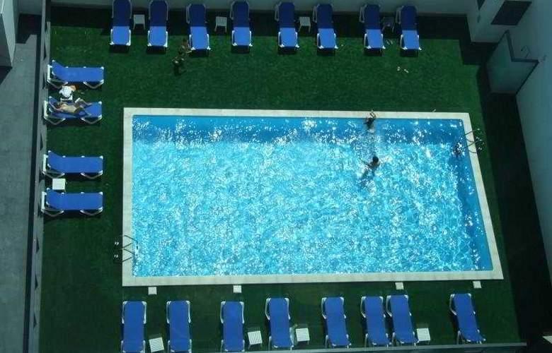 Da Rocha Hotel Apartment - Pool - 9