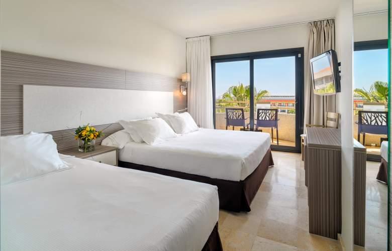 H10 Cambrils Playa - Room - 16