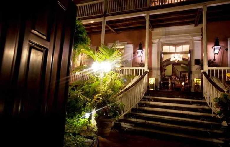 Graycliff Hotel & Restaurant - Hotel - 5