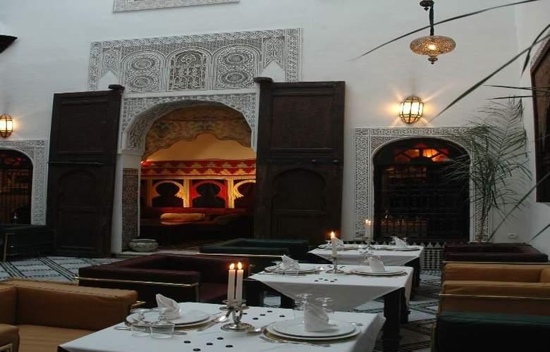 Riad Maison Bleue & Spa - Restaurant - 6